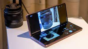 Samsung Galaxy Z Fold Camera has been the new Show Stopper.