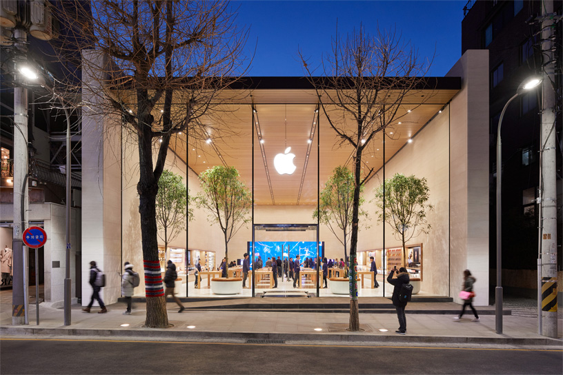 Apple's first store in Mumbai got postponed on account of Covid pandemic.