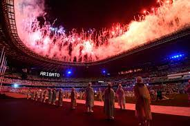 World erupts, as small detail steals the event at Olympic Closing Ceremony.